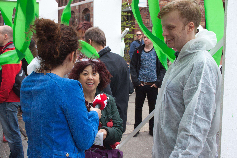 De Mobiele Wasstraat op 5 mei 2015 in Amsterdam. In samenwerking met ontwerpcollectief De Lopende Band.