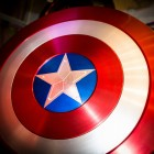 Afbeelding gebaseerd op America Shield van Ian Aberle (licentie: CC BY-NC-SA 2.0)