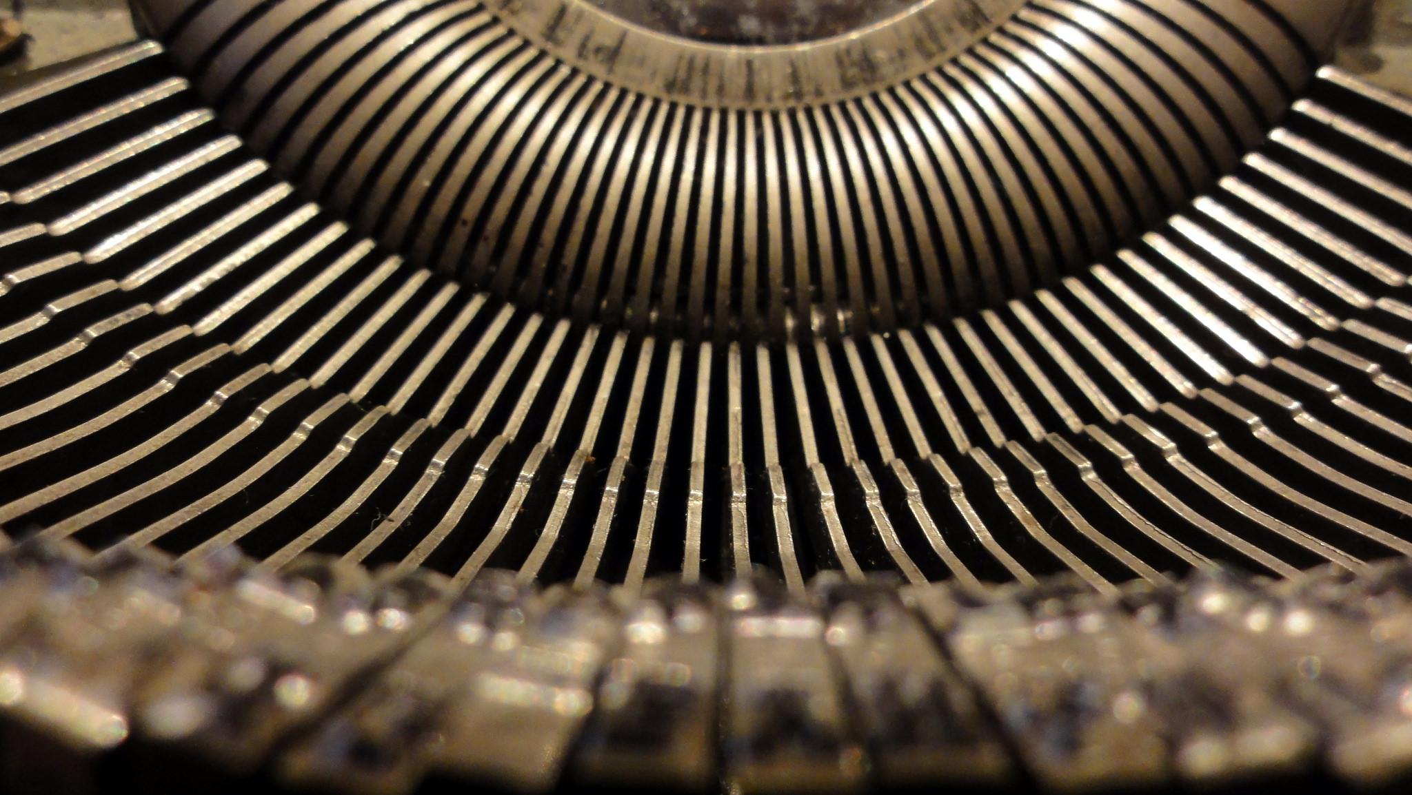 Vingers van een typmachine