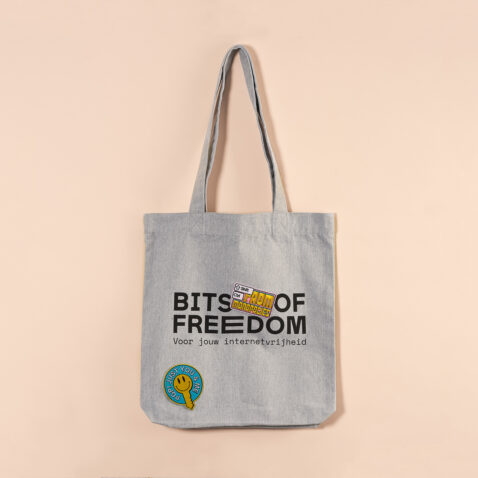 Bits of Freedom tas met patches