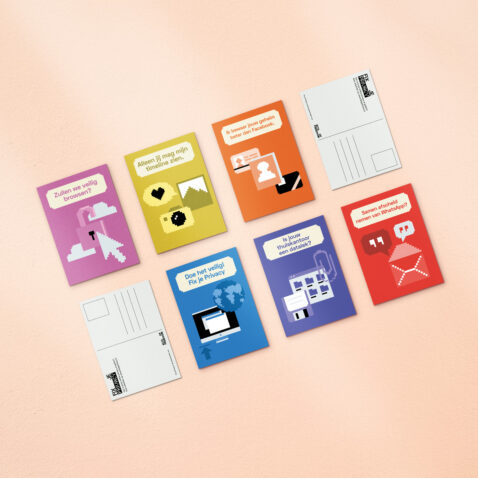 Alle zes ansichtkaarten van Fix Je Privacy