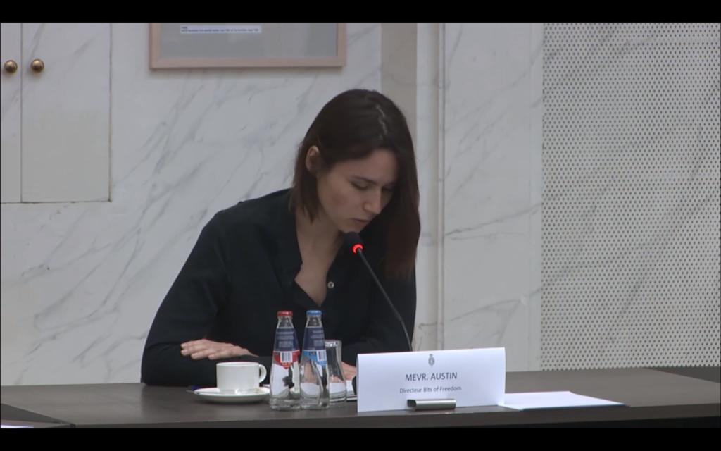 Evelyn Austin spreekt in de Tweede Kamer over de contactonderzoekapp van het Ministerie van Volksgezondheid, Welzijn en Sport.