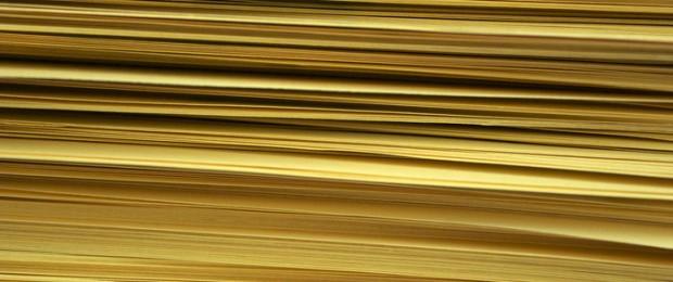 Afbeelding gebaseerd op Stack of Papers van phrawr (licentie: CC BY 2.0)