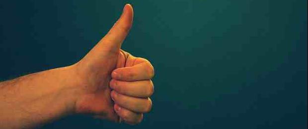 Afbeelding gebaseerd op Thumbs up van .reid, uitgebracht onder een Creative Commons Attribution 2.0 Generic licentie.
