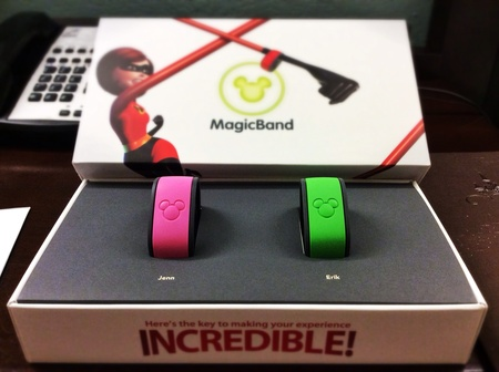 disney-magicbands